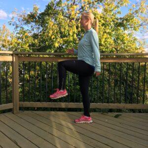 Standing High Knee Lift