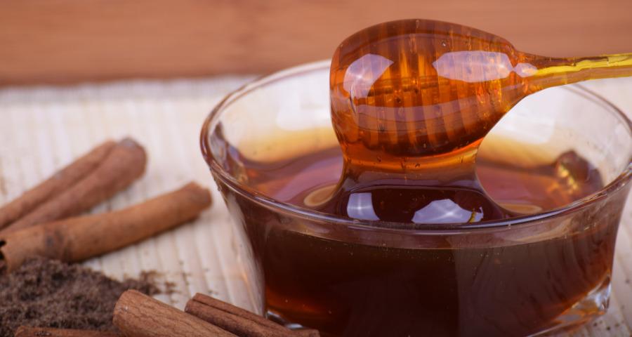 Honey and Cinnamon on skin